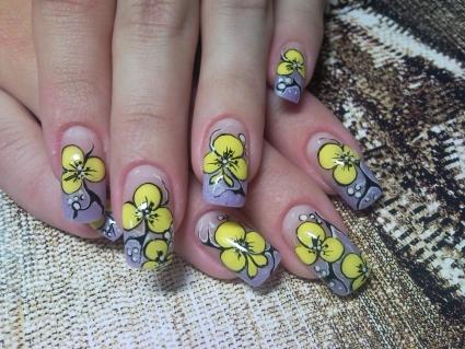 Легкий рисунок на ногтях своими руками 14
